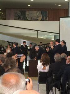 Presidente Temer assina medidas que alteram regras para setor mineral no Palácio do Planalto